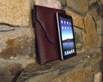 Brown Alligator Sleeve for iPad 2 with Smart Case - Front Flap