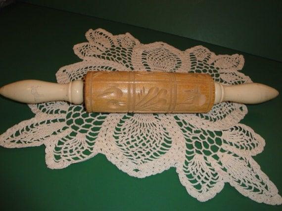 Vintage Springerle Wooden Carved Rolling Pin W/12 Designs