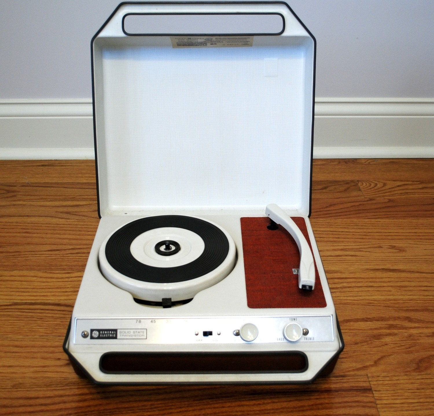 70s Portable Record Player Great Condition