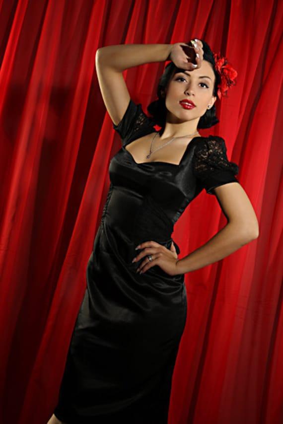 Lacy Lady Pin-up dress