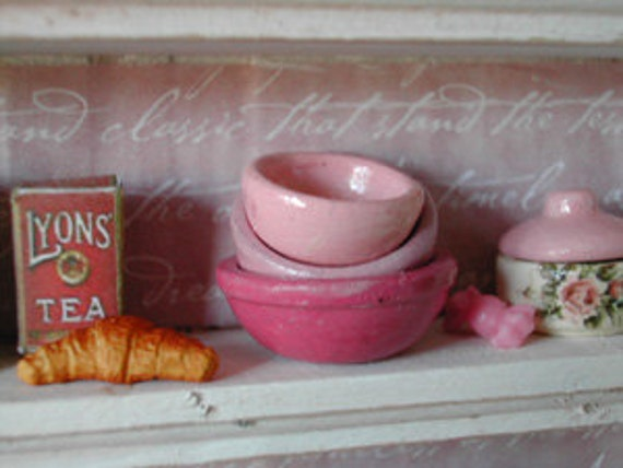 RESERVED FOR MININTERIOR Country nest pots scale 1:12 pink