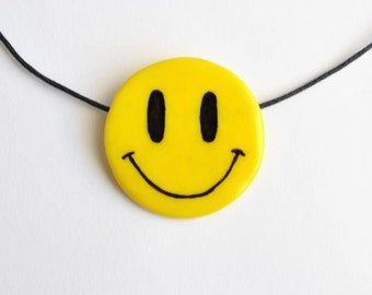 Smile yellow necklace