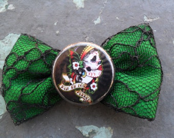 Sugar Skull Hair Bow ,Dia de los Muertos Day of The Dead Hair Bow, Gothic,  Punk, Enigma Handmade By: Tranquilityy