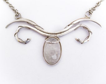 Moonstone necklace with filigree