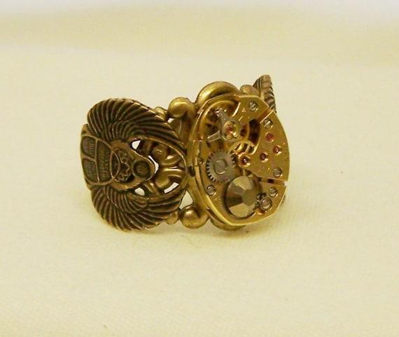 Steampunk Golden Scarab Ring gold BULOVA  Ruby jeweled Swiss watch movement