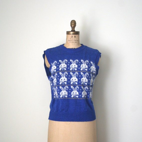 vintage sweater vest BUNNY RABBIT fair isle 1980's NOVELTY silk & angora / cobalt blue