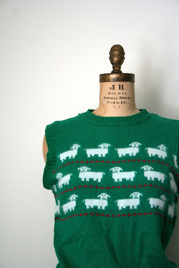 vintage sweater vest SHEEP fair isle KELLY GREEN 1980's novelty / silk & angora blend