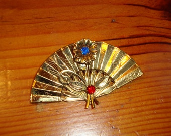 Exquisite Art NOUVEAU Early CORO (Before 1920) Signed Etched BRASS & Rhinestones Figural Fan Brooch Pin - Marvelous - Treasury Item