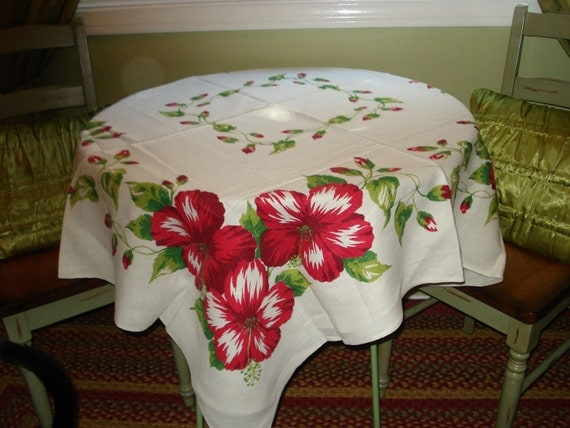 GORGEOUS Deep Red and Green LINEN Floral Vintage Tablecloth - Terrific Condition