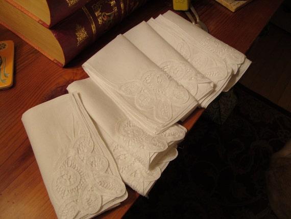 SEVEN Lovely Vintage Mid Century White Napkins: LINEN RIBBON & Lace