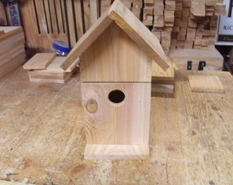 Birdhouse with drawer