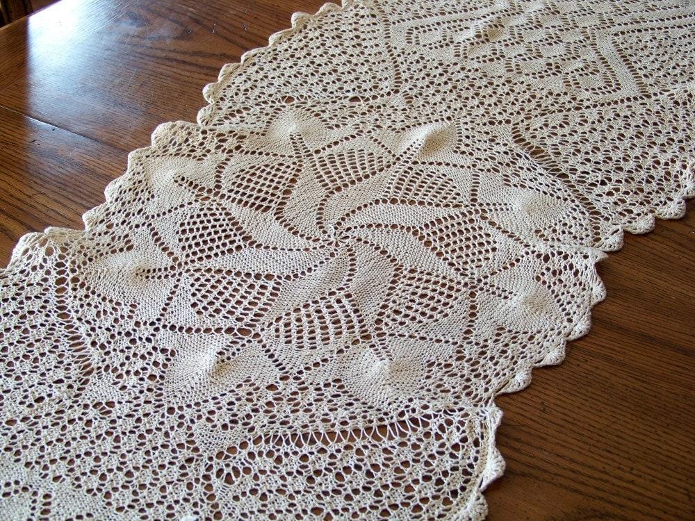 Vintage Ecru Crochet Runner Dresser Scarf Unique Design Mint