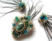 Charming beaded set of midlle eastern-style with peacock feathers