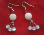 White Dangle Earrings - mother of pearl earrings