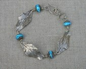 Blueberry Leaf Bracelet with Lamp worked Beads