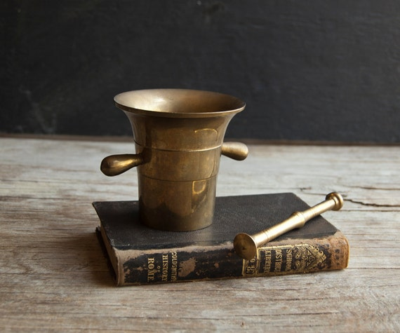 Brass Metal Mortar and Pestle - Vintage Victorian Gold