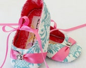 TEAL DAMASK, Baby Shoes, with Hot Pink Ribbon and Beautiful Jewel, FREE Personalization avail, personalized baby girl shoes