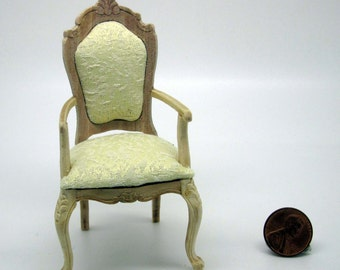 Miniature dollhouse furniture undecorated chair with armrests - code VMJ 1135