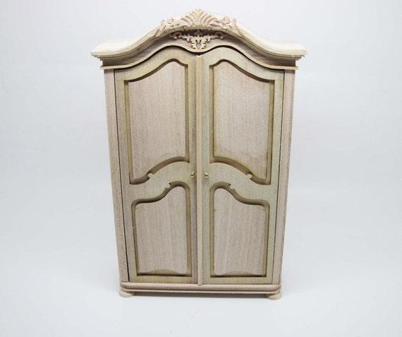 Miniature dollhouse furniture  cabinet undecorated - code VMJ1112