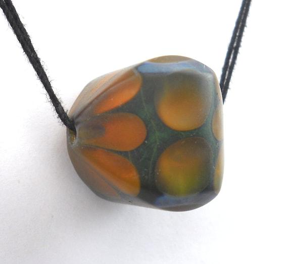 Arizona Trade Beads - Faceted honeycomb bead