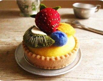 Felt Food Summer Fruit and Custard Tart