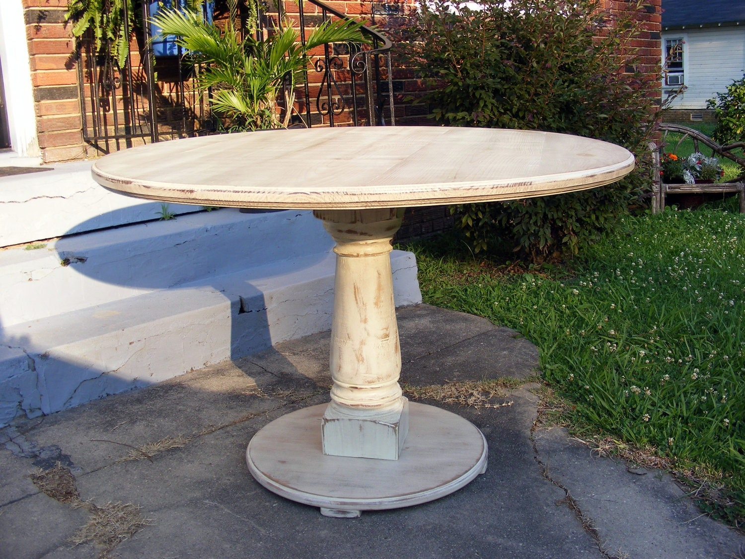 Handcrafted 42 inch round pedestal table distressed ivory for 42 inch round pedestal table