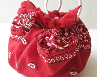 Red Purse With White Satin Handles - Cinnamon Heart