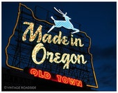 Feels Like Home - Made in Oregon Neon Sign (Portland, Oregon) - Fine Art Photograph. Portlandia Decor