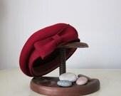SALE - Vintage Neumann Endler Cranberry Wool Cap