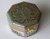 Jewelry Box with Maple and Fern leaves in Green, Ochre and Bronze