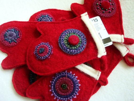 Gift Card Holder / Cash Holder, Mitten Christmas Ornament, Package Tie On