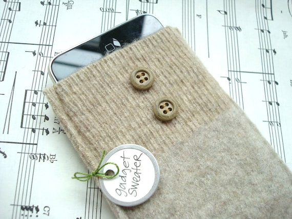 iPhone Case iPod Sleeve BEIGE Gadget Sweater Cell Phone Cover