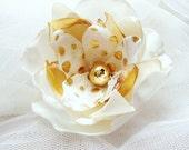 Flower Hair Pin/ Bridal Fascinator/ Head piece/Bridesmaid/Part/ Yellow