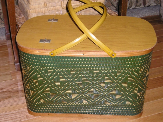 Burlington Hawkeye Woven Picnic Basket from Carlas Vintage Finds