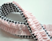 Black and White Houndstooth with Pale Pink Ruffle Camera Strap Cover