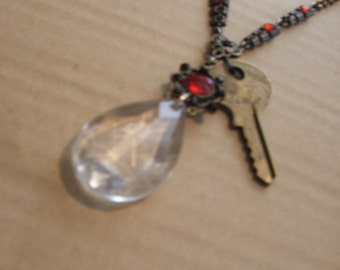 Beautiful Vintage Necklace with a Crystal Key To Your Future