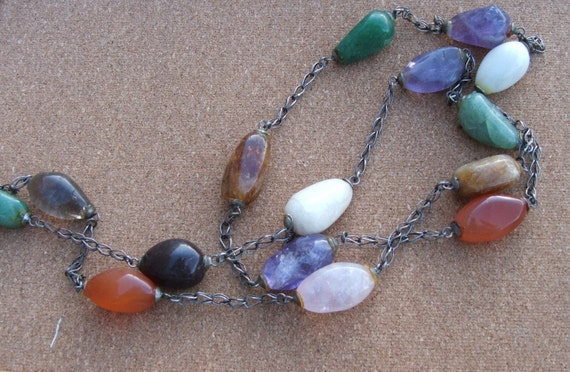 JELLYBEANS Vintage Stone and Chain Necklace