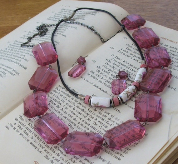 Pink Ice Cube Vintage Necklace Set