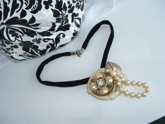 Necklace Vintage Brooch Paris Shabby Chic Boho