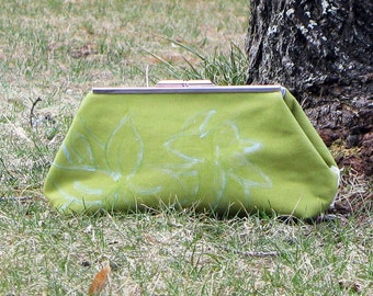 Clutch Purse Green with Blue Lily