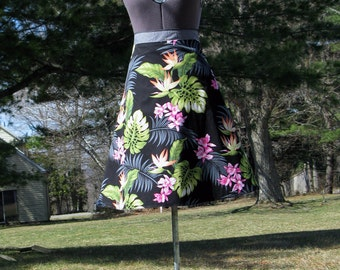 Wrap Skirt Reversible Tropical Print with Gray
