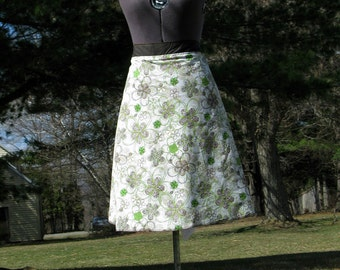 Wrap Skirt Reversible Green Flowers with Gray Brown