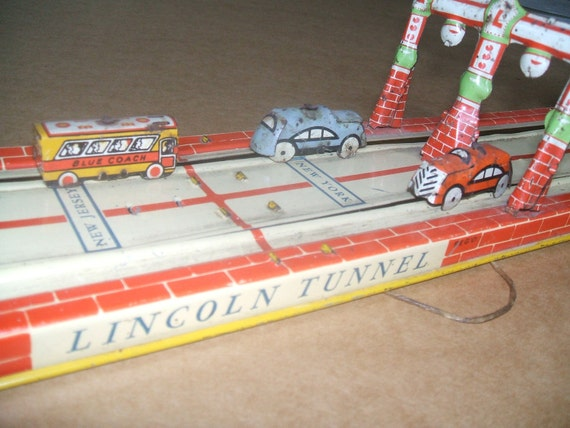 Lincoln Tunnel Tin Wind Up Toy