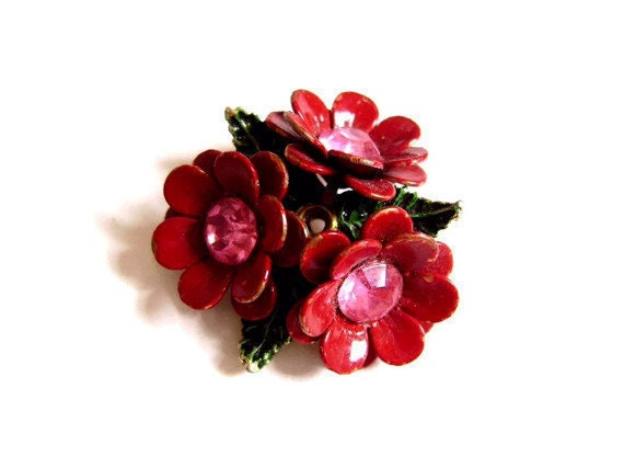 1960s Flower Brooch with Red Enamel and Rhinestones