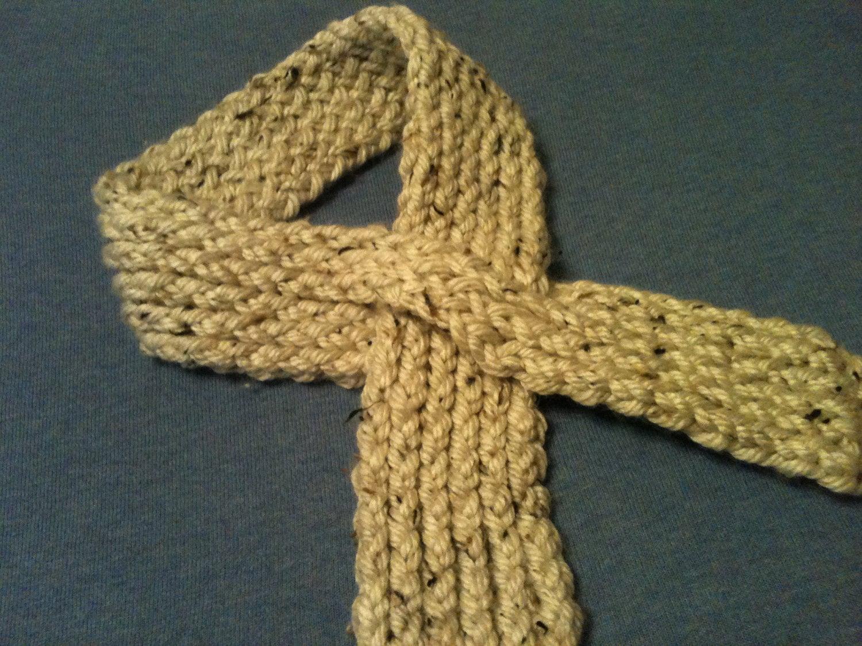 Keyhole Scarflette Knitting Pattern : Loom Knit Keyhole Scarf PATTERN from GoodKnitKisses on Etsy Studio
