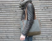 Wool tote bag with waxed leather handles, straps, and a waxed canvas bottem COLLECTION WOMEN