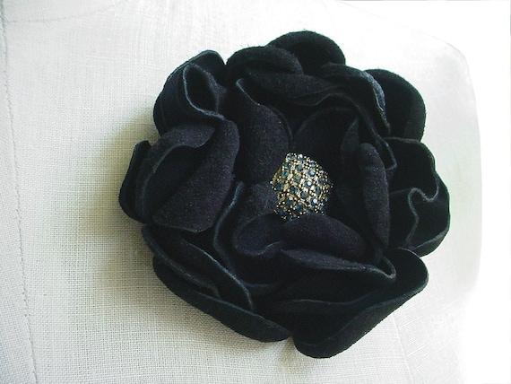 Leather Flower Brooch  Black Flower Brooch Wedding Brooch, Rustic Grooms Boutonniere, Sapphire Blue, Leather Flower Brooch, in stock