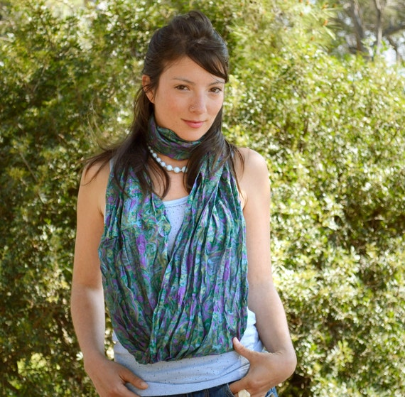 Infinity Scarf  silk  green paisley woman neck accesories  V