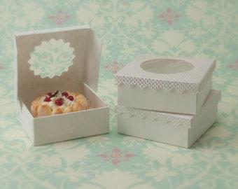Miniature Dessert Boxes: White