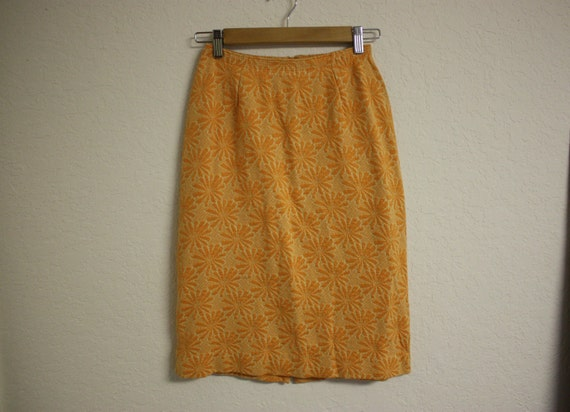 vintage 1960s orange and white high waisted pencil skirt, floral, daisies